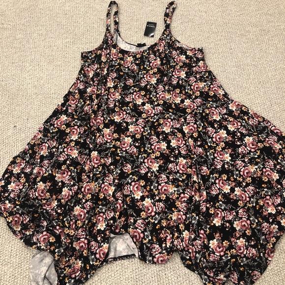 torrid Dresses & Skirts - Torrid Floral Handkerchief Cut Dress